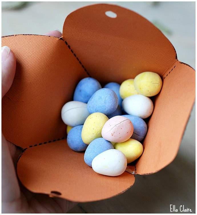 Lembrancinha de Páscoa - Caixa em forma de cenoura 06